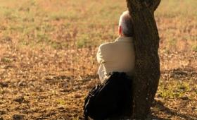 人生には孤独が身に染みる「3つの年代」が存在する