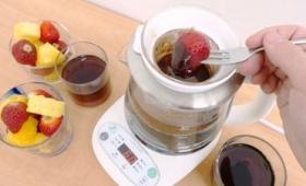 湯沸かしだけでなく湯せん調理可能でスープや温泉卵、チョコフォンデュもできる「クックケトル SE6300」レビュー、「ケトル」の枠を越えてもはや調理器具