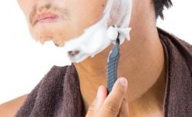 男性が、2つの玉の毛を剃る「ASMR音」が快感過ぎると話題に!