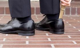 靴べらのおすすめ20選。携帯・自宅用に分けておしゃれなモデルをご紹介