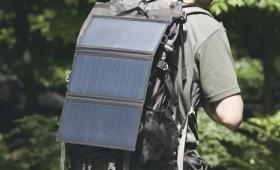 ソーラー充電器のおすすめ11選。災害時に役立つ便利なアイテム