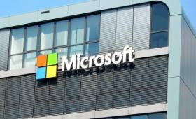 Microsoftが時価総額2兆ドルを達成、アメリカ上場企業で2番目の偉業